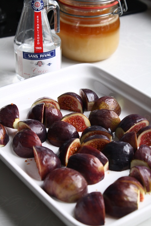 Clafoutis cu smochine coapte in ouzo si miere 9