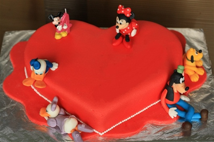 Disney Cake 8