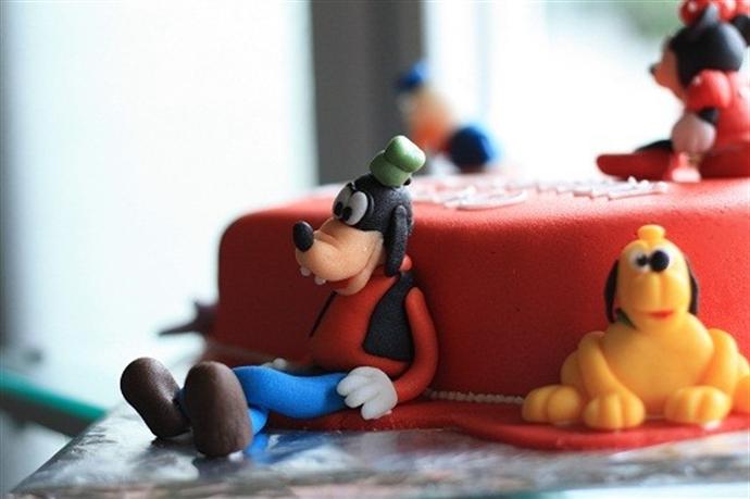 Disney Cake 11