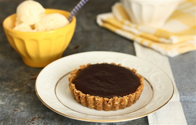Tarta cu ciocolata neagra si inghetata cu ciocolata alba 12